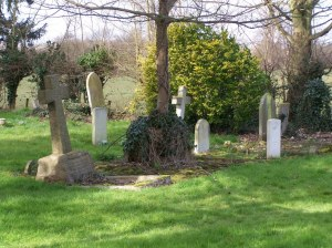 War Graves in Dorney Cemetery. Lieut Lindsay's  is on the right (cwgc website)